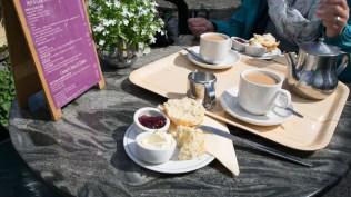 English Cream Tea mit Scone