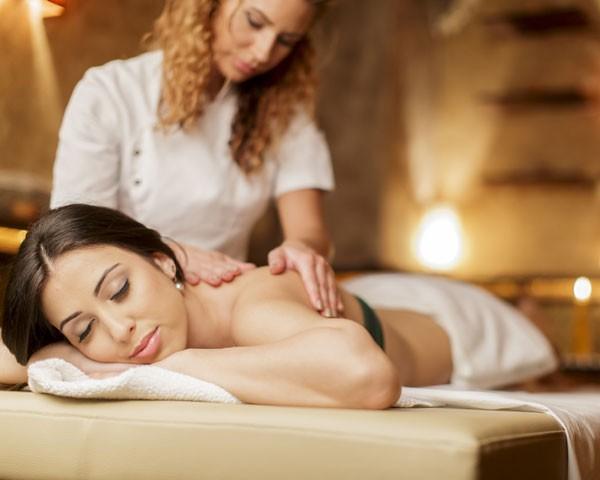 Conheça novas massagens (Foto: Think Stock)