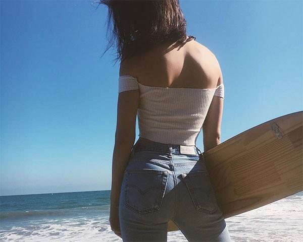 Kendall Jenner é inspiração atual da moda anos 90 (Foto: Reprodução/Instagram)