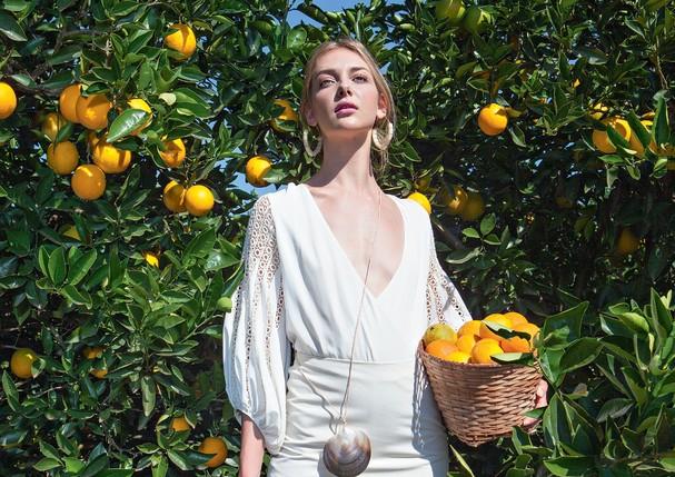 Xô, preguiça: os 5 melhores aromas para ter mais energia durante o dia (Foto: Rogério Cavalcanti/Arquivo Vogue)