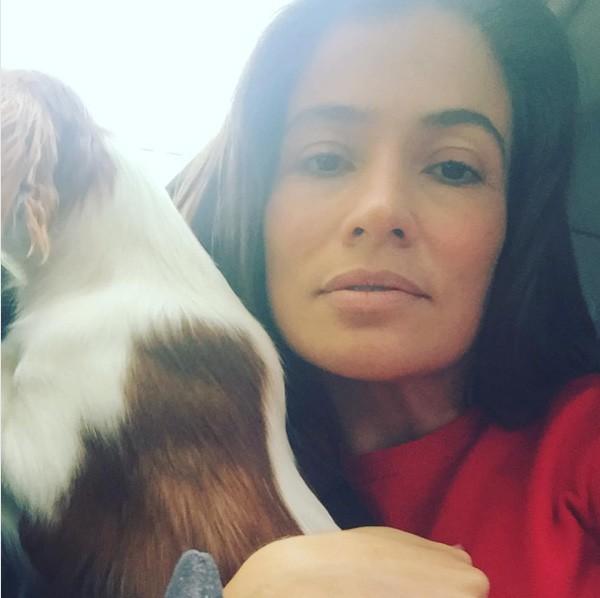 Renata Vasconcellos: apresentadora do JN aparece linda sem maquiagem (Foto: Reprodução Instagram)