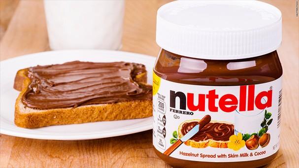 Agora existe um gloss de Nutella... (Foto: Reprodução)