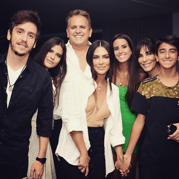 Família Pires & Morais (Foto: Reprodução/Instagram)