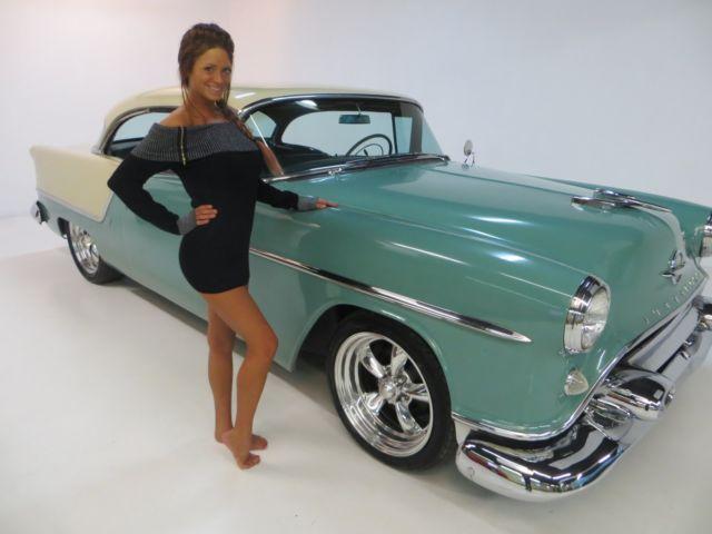 1954 Oldsmobile Delta 88