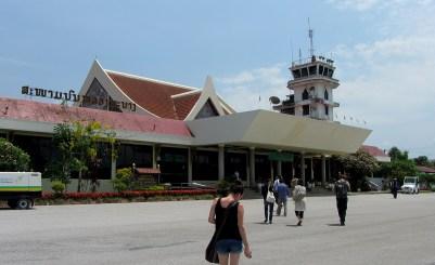 landing in luang prabang