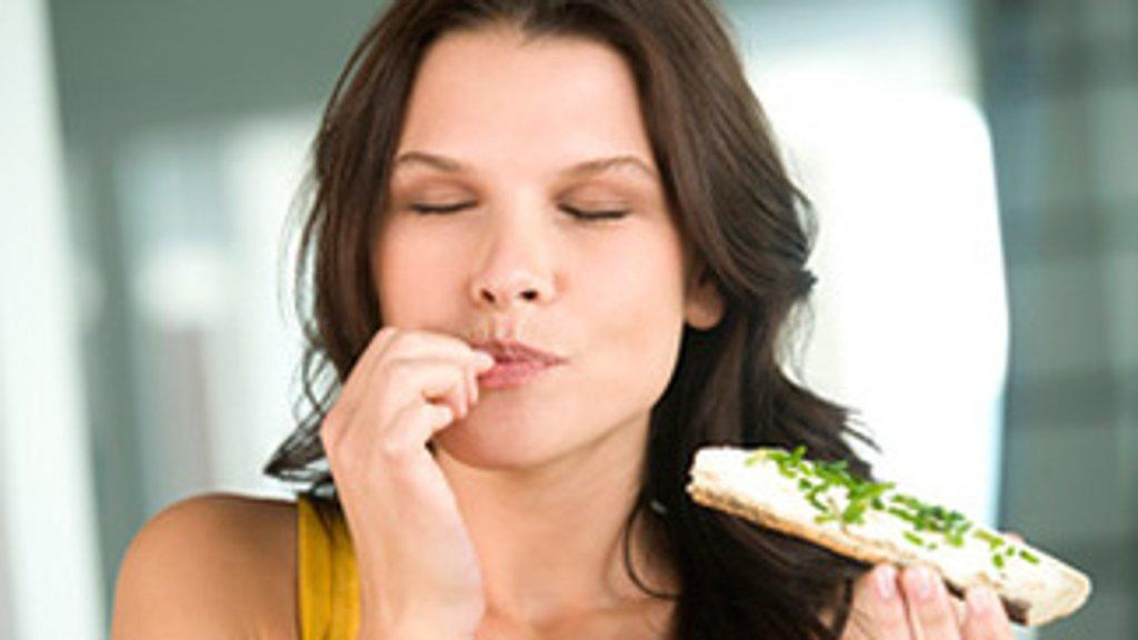كيفية الحد من الرغبة الشديدة في تناول الطعام