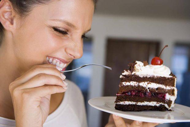 كيف تتحكم في الرغبة الشديدة في تناول الحلوى