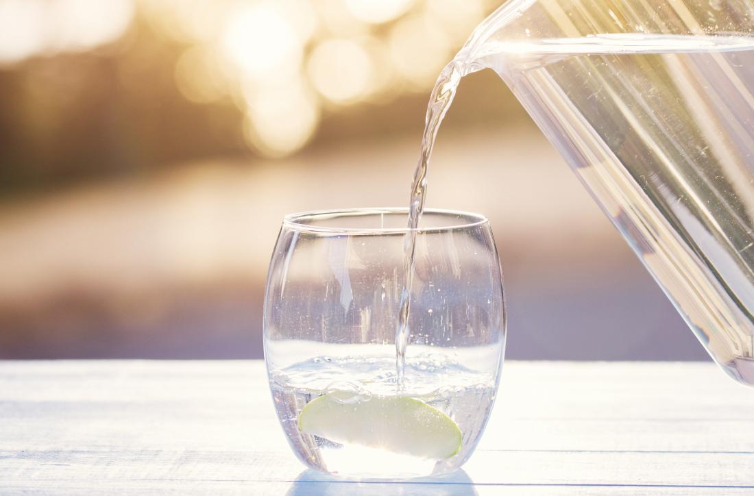 شرب كمية كافية من الماء لفقدان الوزن