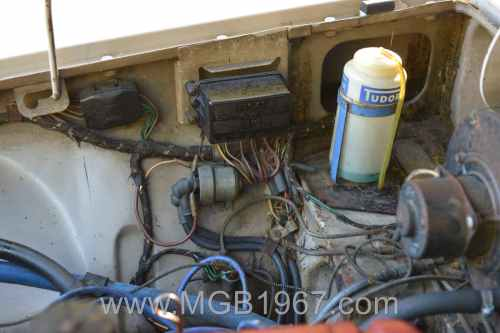 small resolution of 1967 mgb gt engine compartment voltage stabilizer and starter solenoid