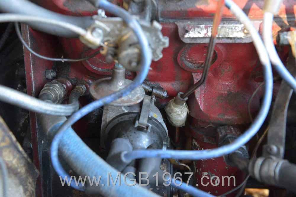 medium resolution of 1967 mgb gt 18gb engine distributor