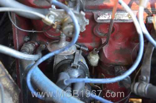 small resolution of 1967 mgb gt 18gb engine distributor