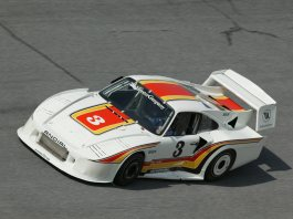 Howard Meister Porsche 934, behind an MG?