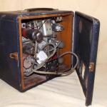 MG 1940's Portable Valve Radio by Roberts Radio interior