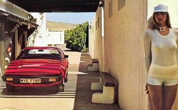 Triumph TR7 publicity photo, or is it a photo of the women?