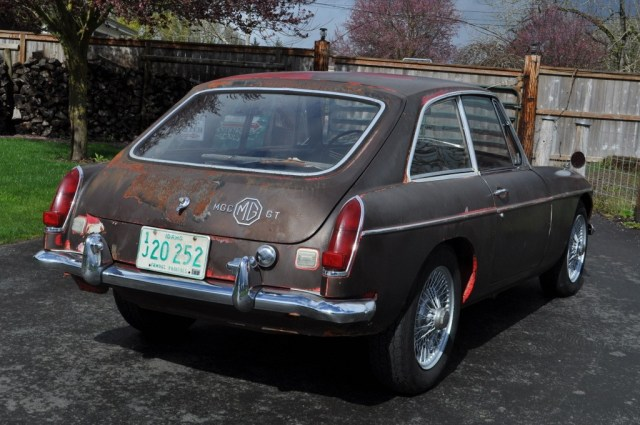 1968 MGC GT auction