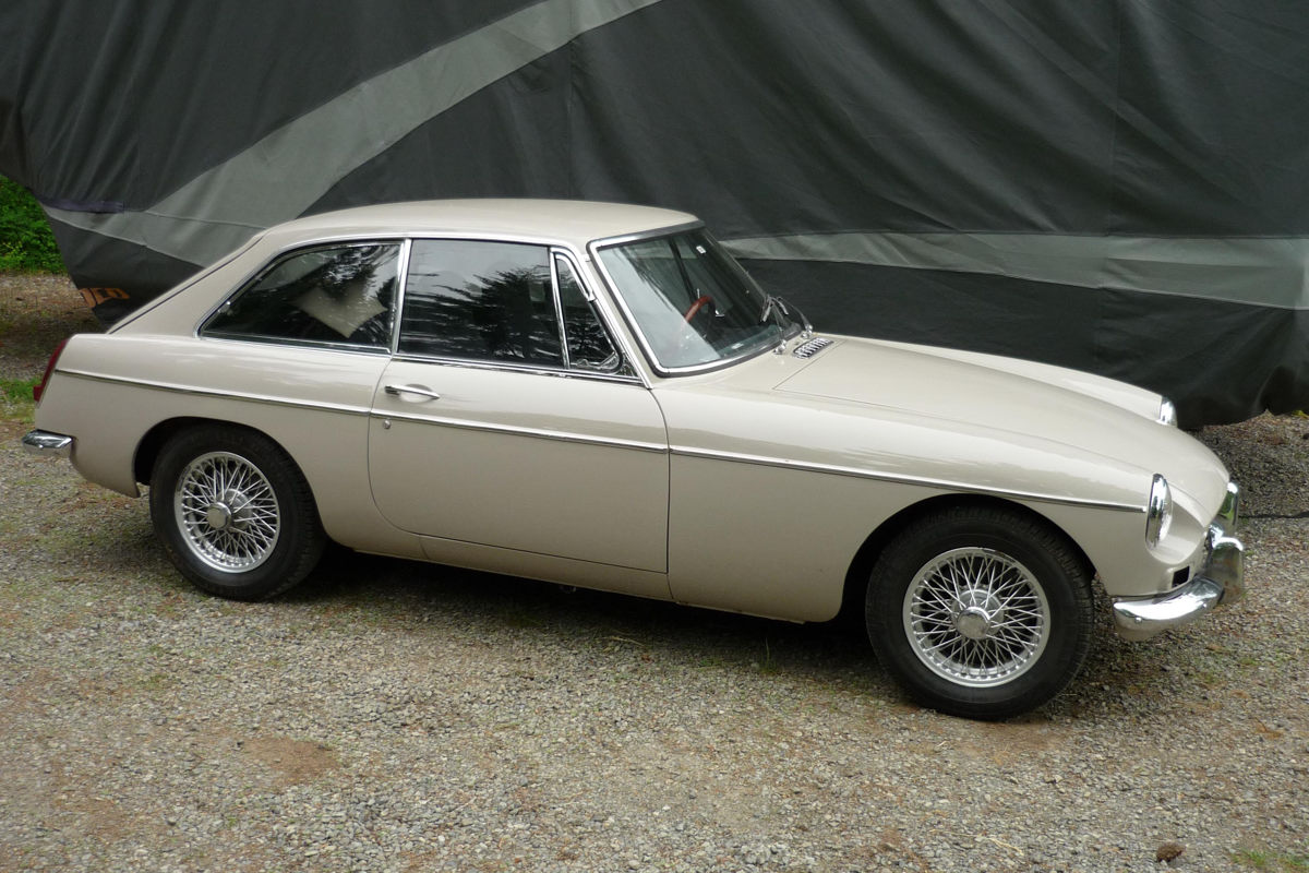 1967 MGB GT in Sandy Beige