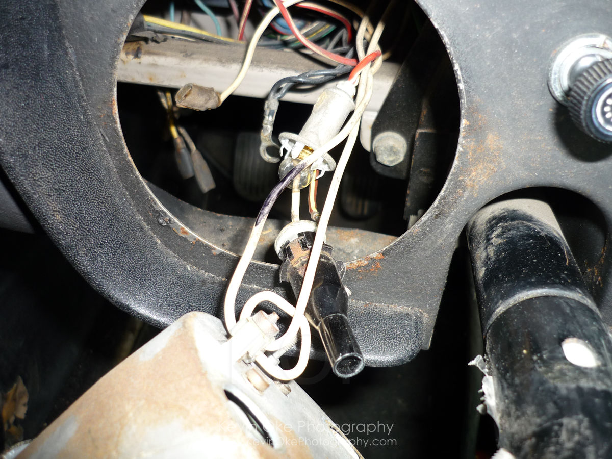09350424 Delco Radio Wiring Diagram Library Smiths Tachometer Removing Form An Mgb Gt 1967 Rh Mgb1967 Com