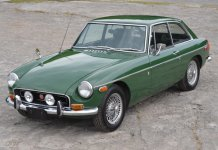 1970 MGB GT in British Racing Green