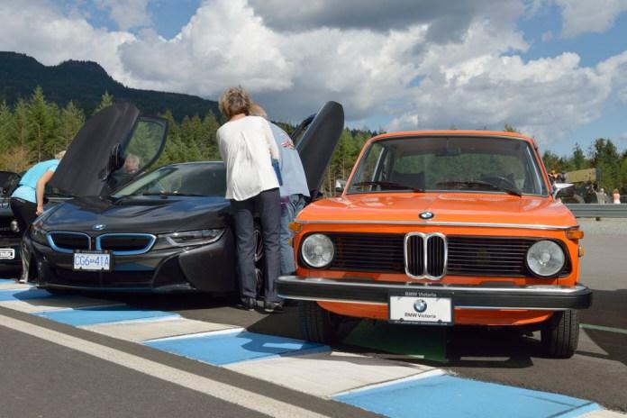 BMW 2002 and the futuristic BMW i8