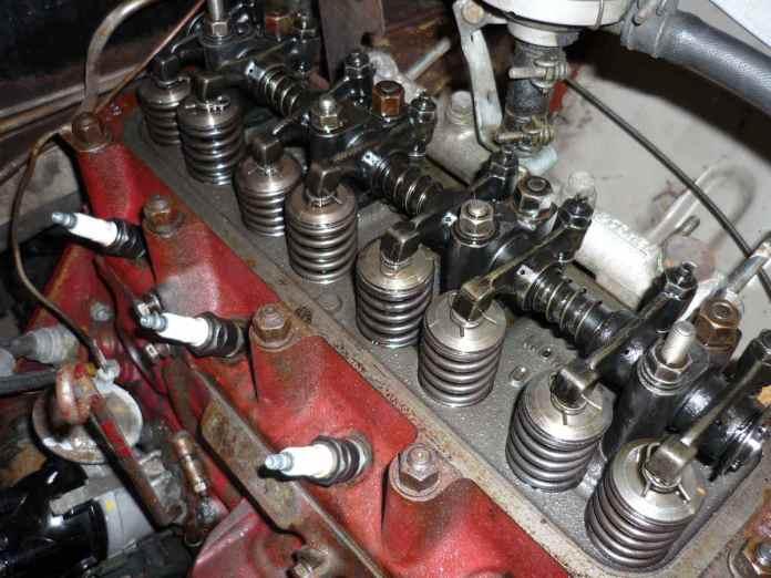 MGB 12H 1326 cylinder head