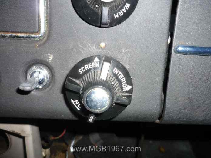 1967 MGB heater control knob