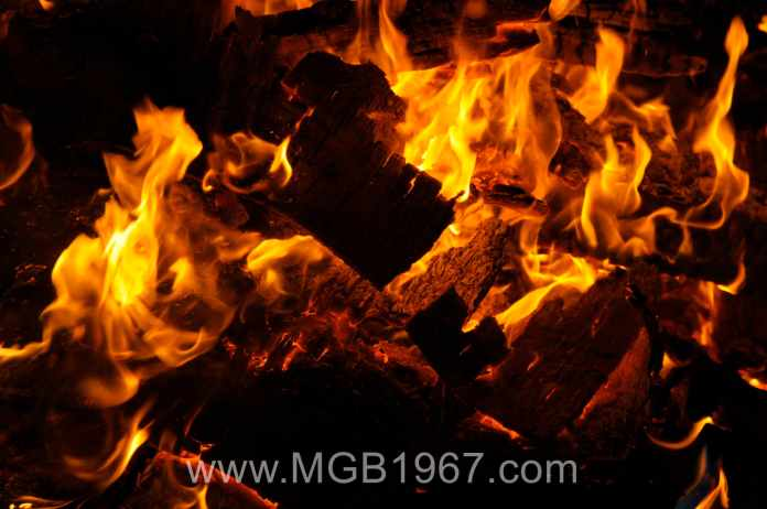 Nothing better than having a fire and thinking about the MGB restoration