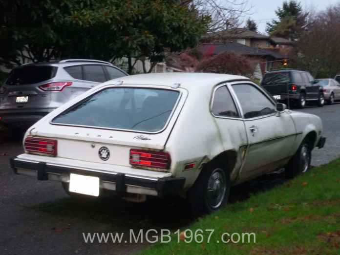 Beater Ford Pinto