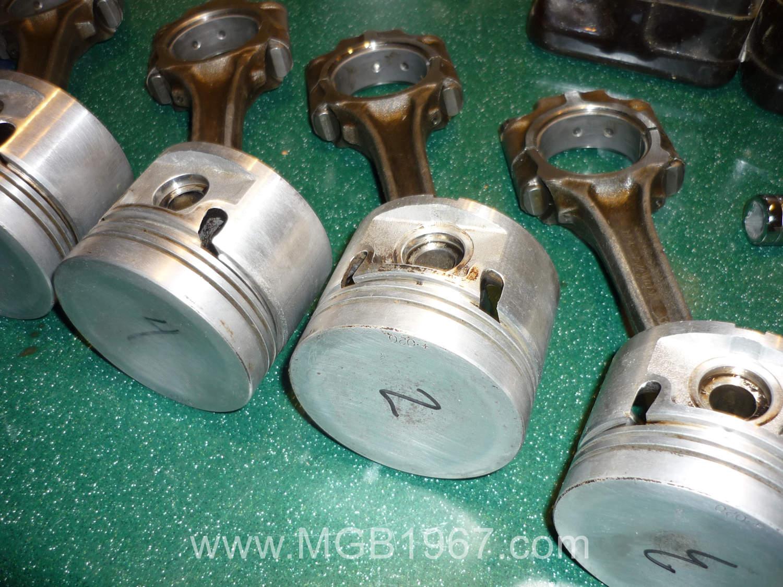 MGB main bearings checked with Plastigage