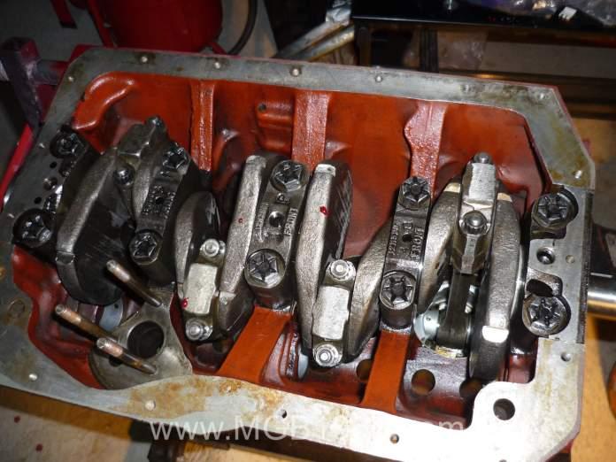MGB engine lower end back together