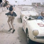 Alfa Giulietta Spyder Veloce with female distraction leaving