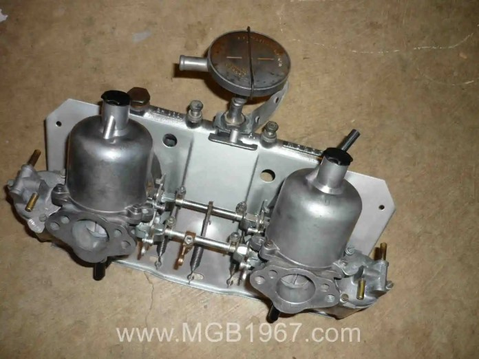MGB GT carburetors and intake manifold