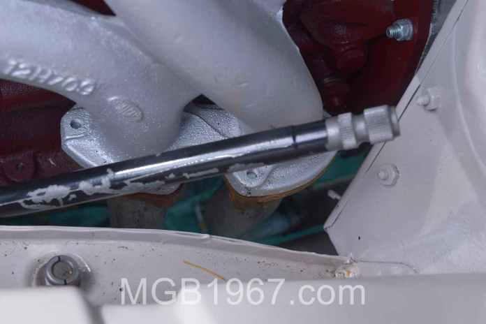 MGB GT exhaust manifold