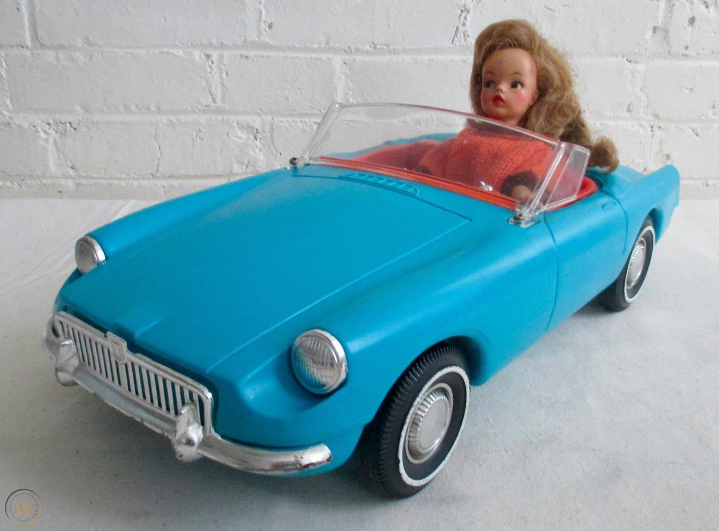 1963 Tammy Blue MGB Roadster