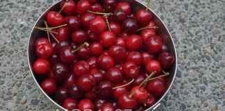 MGB GT Cherries