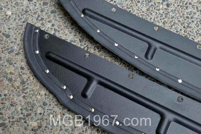 Painted MGB GT splash panels