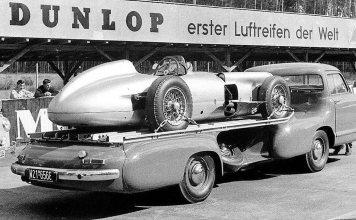 Mercedes Benz Blue Wonder Racing Car Transporter