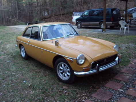 '70 MGB-GT of Gary Thompson from Dahlonega, Georgia