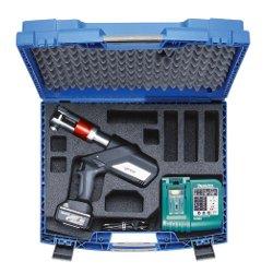 Crimpatrice-radiale-con-batteria-per-pressare-con-ganasce-standard-klauke-italia