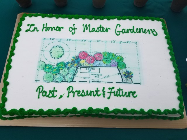 Sheet cake with garden plan