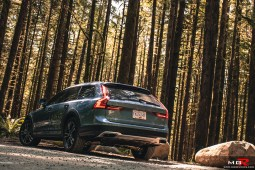 2018 Volvo V90 CC Cross Country-5