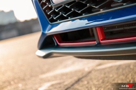 2019 Hyundai Veloster Turbo-14