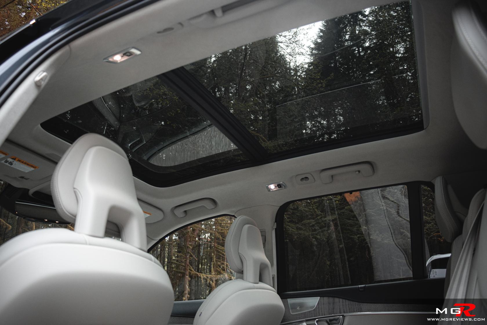2021 Volvo XC90 T8 Recharge Interior