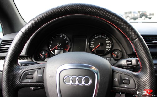 small resolution of audi rs4 interior 01