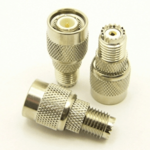 mini-UHF-female / TNC-male Adapter (P/N: 7613)