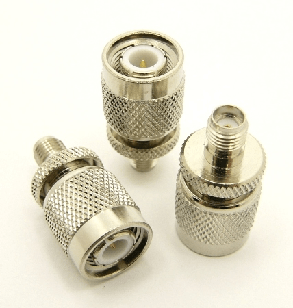SMA-female / TNC-male Adapter (P/N: 7835)