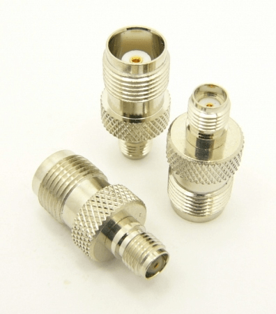 SMA-female / TNC-female Adapter (P/N: 7836)
