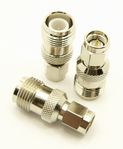 RP-TNC-female / SMA-male Adapter (P/N: 8902)