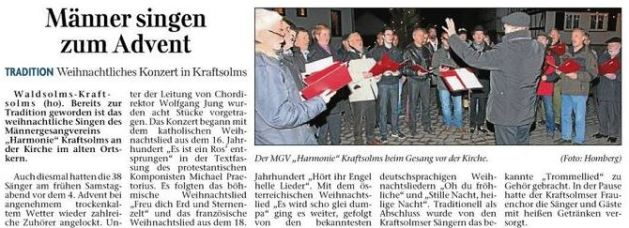 23.12.2013_Maenner_singen_zum_Advent