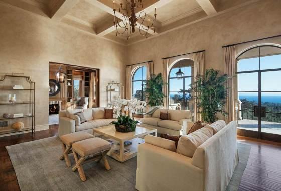 Lessa-Wilson-Goldmuntz-tuscan-style-living-room
