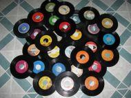 So many 45 rpms